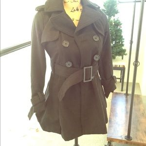 Cute fall/winter trench! Only worn a few times